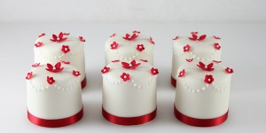 Red Mini Cakes