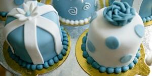 Mini Wedding Cakes