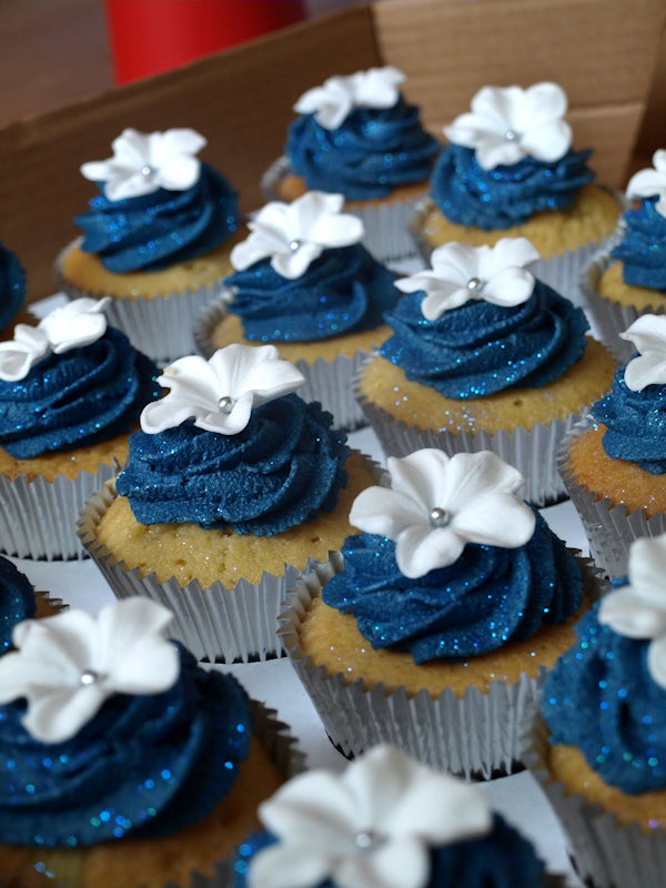 Navy Blue Wedding Cupcakes